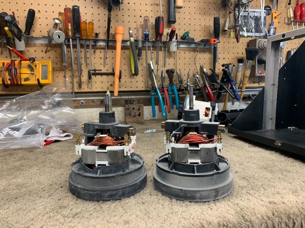 43248068 Hoover Fold Away Wheel
